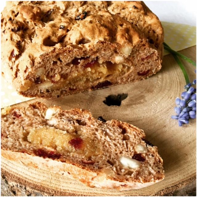 Glutenvrij Paasbrood met spijs